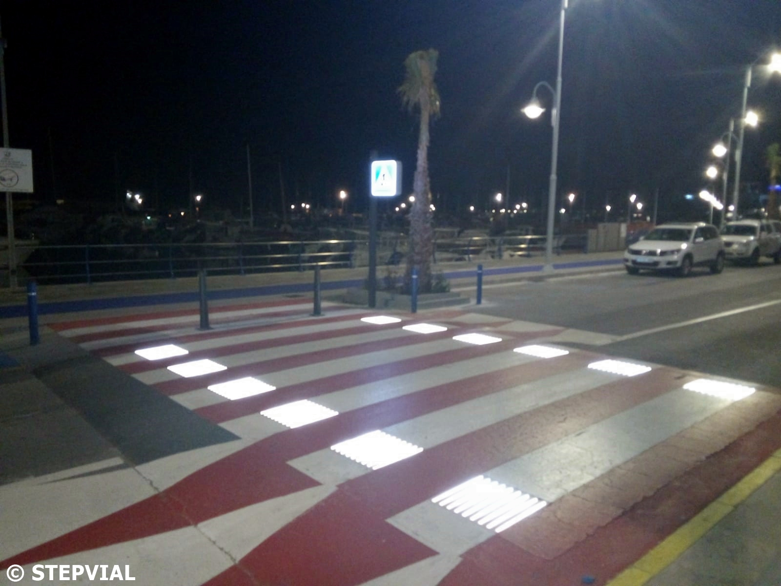 Smart Pedestrian Crossing in the Port de L'Ampolla