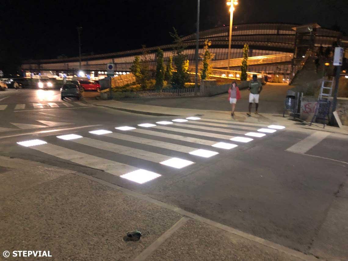 Pas de vianants intel·ligent a Lleida